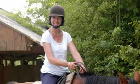 lady horse riding
