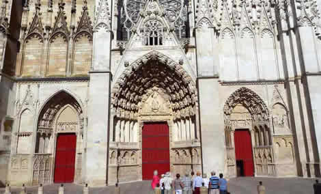 auxerre cathedral gothic