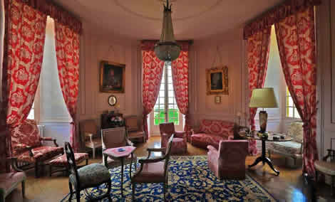 Louis XIV style room